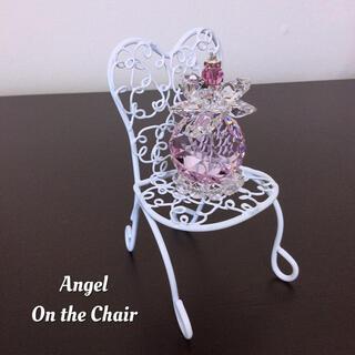 サンキャッチャー✨お椅子の上の可愛いピンクボール天使さん