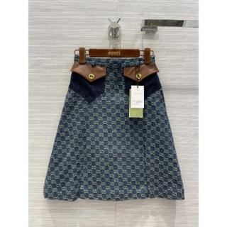 Gucci - クラシカルなGGロゴ Gucci ウォッシュ加工デニム スカート 36