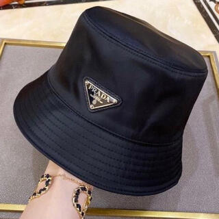 プラダ(PRADA)の新品・未使用 PRADA バケハ バケットハット 帽子    黒 ブラック(ハット)