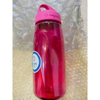ナルゲン(Nalgene)のナルゲン トライタンボトル プリティーピンク750ml 新品未使用(登山用品)
