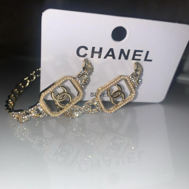CHANEL(シャネル)の海外輸入品 ポスト シルバー 926 レディースのアクセサリー(ピアス)の商品写真