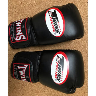 ボクシンググローブ TWINS  本革 8オンス(ボクシング)