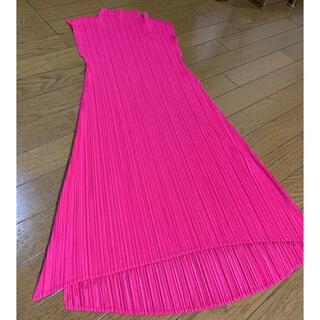 PLEATS PLEASE ISSEY MIYAKE - プリーツワンピース ピンク