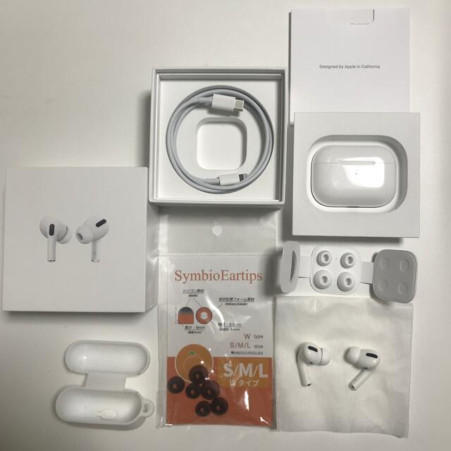 Apple(アップル)のApple 純正 美品 airpods pro おまけ★イヤーピース  スマホ/家電/カメラのオーディオ機器(ヘッドフォン/イヤフォン)の商品写真