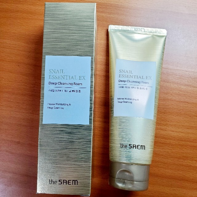 the saem(ザセム)のthe saem ゴールドスネイル 洗顔料 コスメ/美容のスキンケア/基礎化粧品(洗顔料)の商品写真