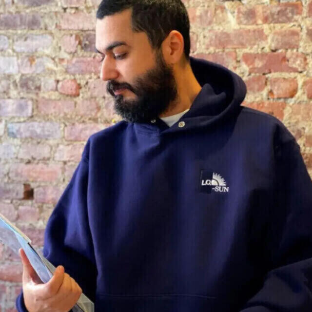 LOOK(ルック)の希少 Lサイズ LQQK STUDIO BLUE-SUN パーカー ブルーサン メンズのトップス(パーカー)の商品写真