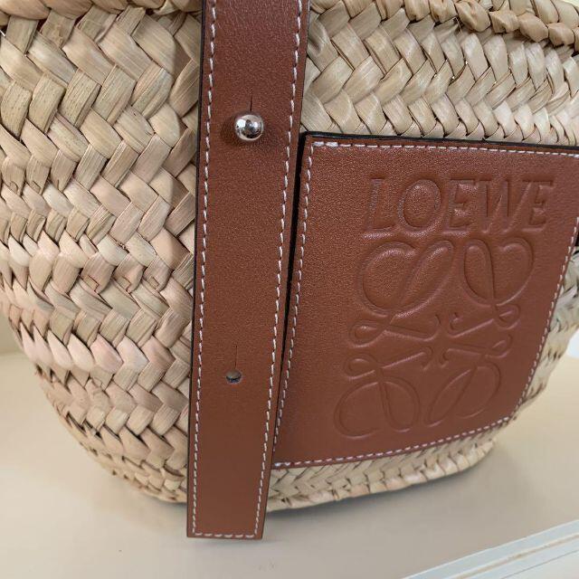 LOEWE(ロエベ)のLOEWE ロエベ かごバッグ スモール レディースのバッグ(かごバッグ/ストローバッグ)の商品写真