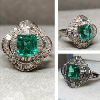 Pt900 大変綺麗なエメラルド ダイヤモンド リング 指輪