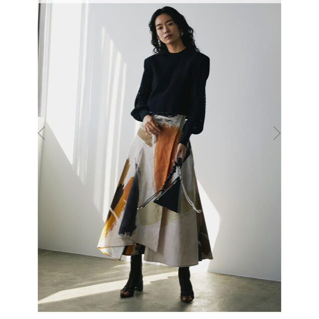 Ameri VINTAGE(アメリヴィンテージ)のLOUISE ART SKIRT  アメリヴィンテージ レディースのスカート(ロングスカート)の商品写真