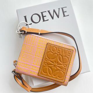 LOEWE - ラスト1【新品】LOEWE アナグラム カード/コインケース ストラップ付き