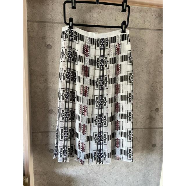 sacai luck(サカイラック)のタグ付き sacai luck サカイラック プリーツスカート レディースのスカート(ロングスカート)の商品写真