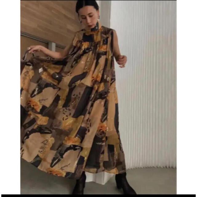 Ameri VINTAGE(アメリヴィンテージ)の【新品未使用】Ameri EMILIE GATHER DRESS  レディースのワンピース(ロングワンピース/マキシワンピース)の商品写真