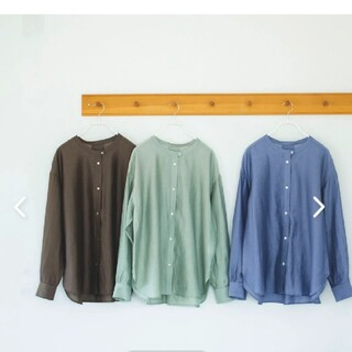 nest Robe - 北欧、暮らしの道具店 シアーシャツ くすみグリーン バンドカラー ブラウス