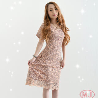 ピンク ワンピース🌸 花柄の刺繍(ミニワンピース)