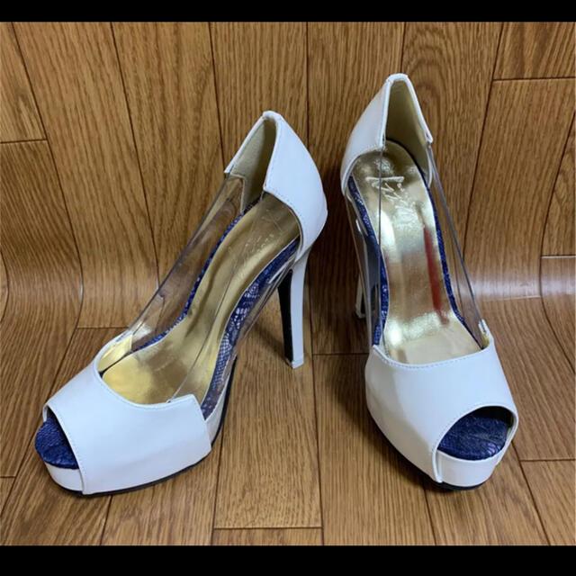 dazzy store(デイジーストア)のホワイト×ブルーレース/クリア切替パンプスS レディースの靴/シューズ(ハイヒール/パンプス)の商品写真