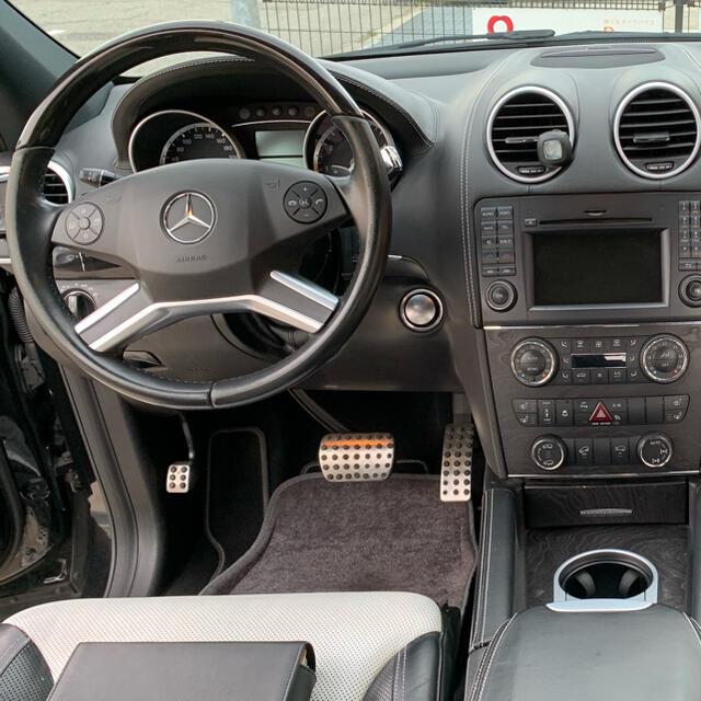 H24年式ディーラー車 限定車ベンツGL550グランドエディション 自動車/バイクの自動車(車体)の商品写真