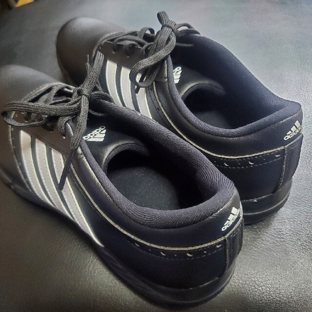 adidas(アディダス)の超美品 アディダス ゴルフシューズ 26.0cm スポーツ/アウトドアのゴルフ(シューズ)の商品写真