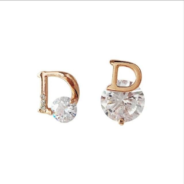 Dior好きな方オススメ🎵ピアス レディースのアクセサリー(ピアス)の商品写真