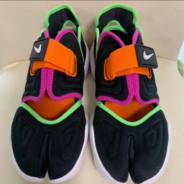 美品★ NIKE AQUA RIFT  ナイキ 23cm レディースの靴/シューズ(スニーカー)の商品写真