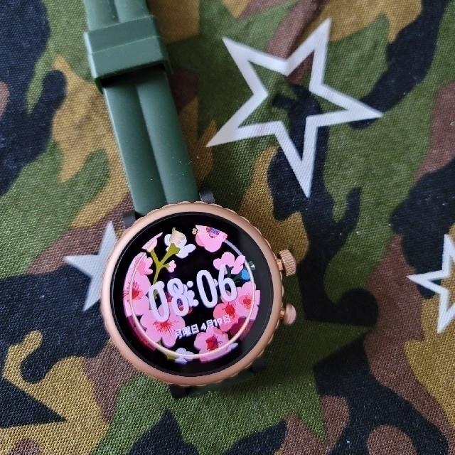 kate spade new york(ケイトスペードニューヨーク)のkate spade スマートウォッチ 箱無しです。 レディースのファッション小物(腕時計)の商品写真