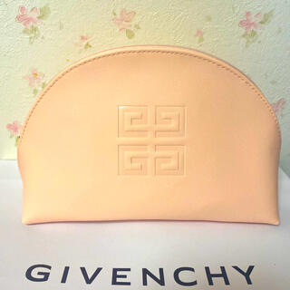 GIVENCHY - ジバンシィ ピンクポーチ 新品未使用