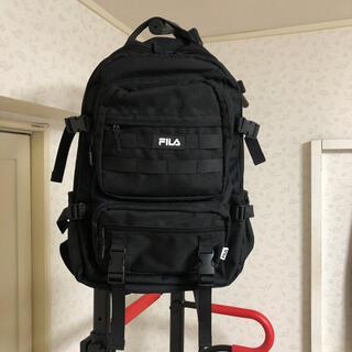FILA - FILA フィラ シリコンワッペン 2層式 ビッグリュック ブラック