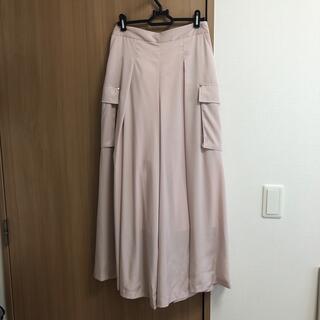桜色ボトムス