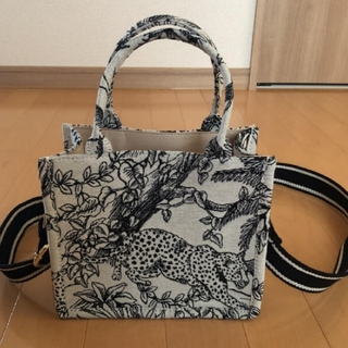H&M - H&M     ジャガード・スモールハンドバッグ