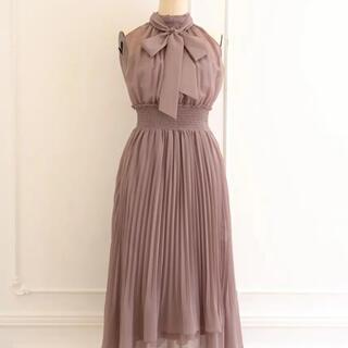 スナイデル(snidel)のherlipto pleated chiffon ribbon dress(ロングワンピース/マキシワンピース)