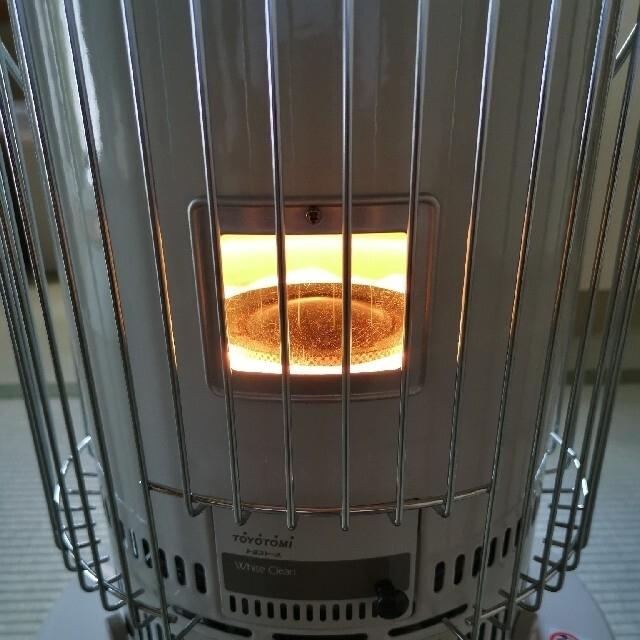 自然通気形開放式石油ストーブ TOYOTOMI  KS-67D  スマホ/家電/カメラの冷暖房/空調(ストーブ)の商品写真