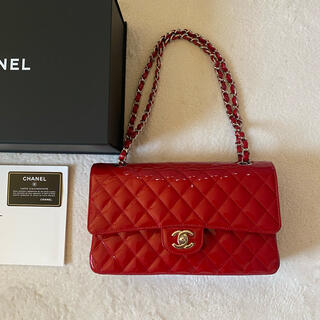 CHANEL - 超美品 シャネル エナメルレッドマトラッセチェーンバッグ