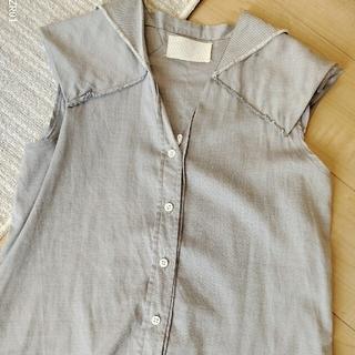 マルタンマルジェラ(Maison Martin Margiela)の マルジェラ ノースリーブ シャツ (シャツ/ブラウス(半袖/袖なし))