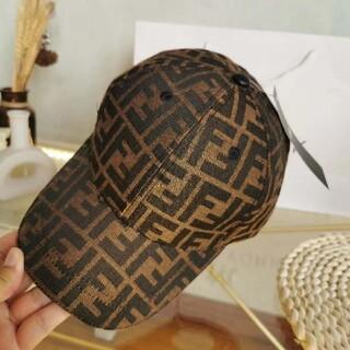 FENDI - FENDIフェンディロゴ男女兼用帽子CAP調節可能