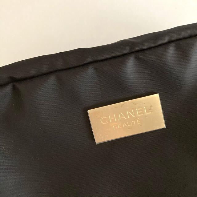 CHANEL(シャネル)の【CHANEL】シャネル サブリマージュ ポーチ ノベルティ 2021年 レディースのファッション小物(ポーチ)の商品写真