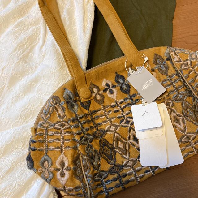 mina perhonen(ミナペルホネン)の新品タグつき mina perhonenミナペルホネン バッグ 値下げ レディースのバッグ(トートバッグ)の商品写真