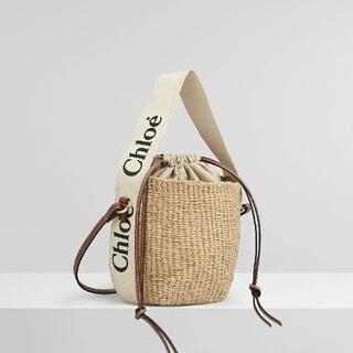 Chloe - フェアトレードペーパー製「Woody」リボン付き「Woody」スモールカゴバッグ