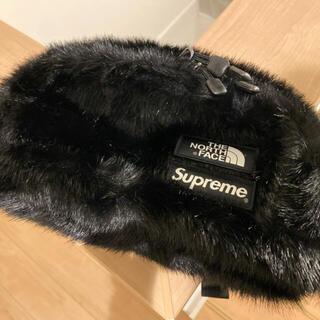 シュプリーム(Supreme)のsupreme  northface Faux Fur Waist Bag(ボディーバッグ)