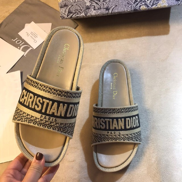 Christian Dior(クリスチャンディオール)のクリスチャンディオール サンダル レディースの靴/シューズ(サンダル)の商品写真