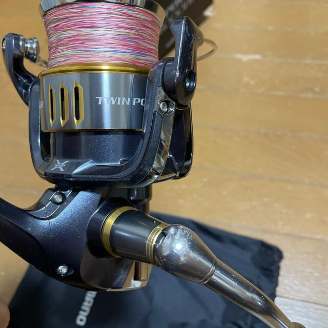 SHIMANO(シマノ)のシマノ 15ツインパワーsw 8000hg スポーツ/アウトドアのフィッシング(リール)の商品写真
