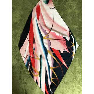 イッセイミヤケ(ISSEY MIYAKE)の美品 ISSEY MIYAKE 2019SS マルチカラー スカーフ(バンダナ/スカーフ)