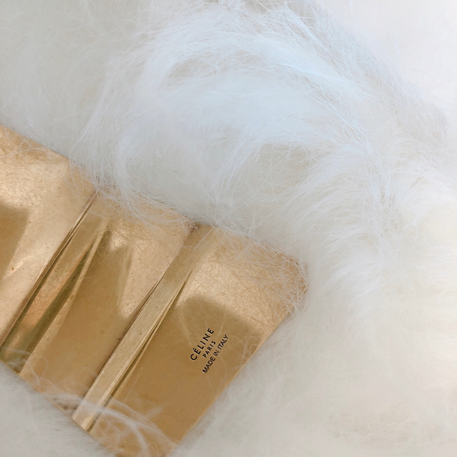 celine(セリーヌ)のCELINE セリーヌ Folded Earring ゴールドピアス フィービー レディースのアクセサリー(ピアス)の商品写真