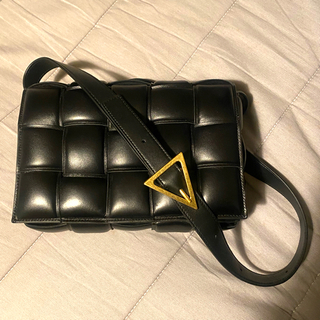 Bottega Veneta - 今週限定出品最終値下げ‼︎BOTTEGA VENETA カセットバッグ