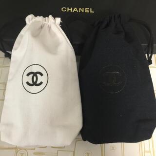 CHANEL - CHANEL ノベルティ 巾着 白&黒 2枚set