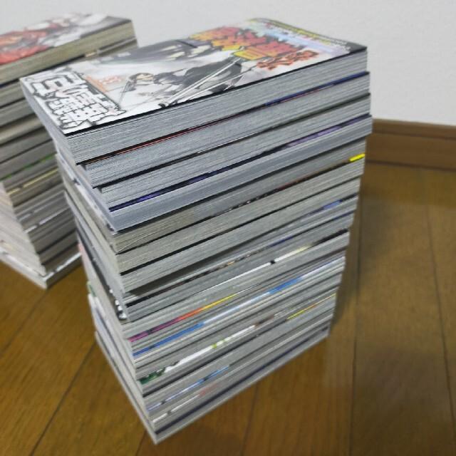 進撃の巨人1〜33     全巻セット エンタメ/ホビーの漫画(全巻セット)の商品写真
