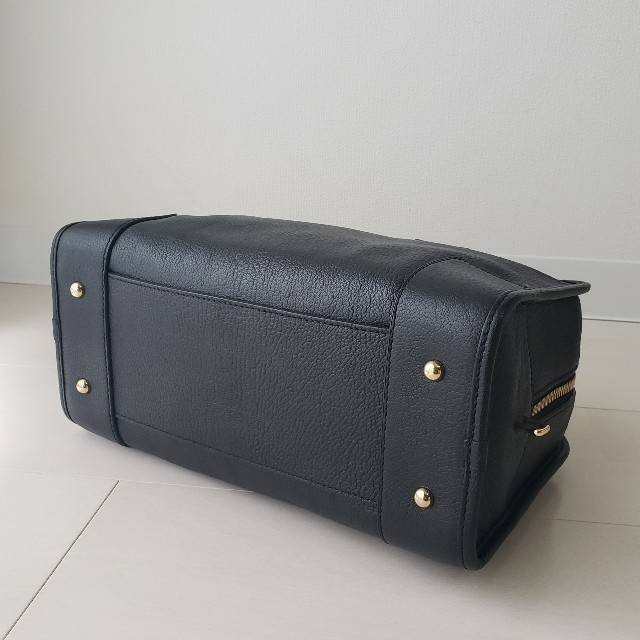 LOEWE(ロエベ)の正規品【ロエベ】アマソナ28 ハンドバッグ レザー ミニボストンバッグ レディースのバッグ(ハンドバッグ)の商品写真