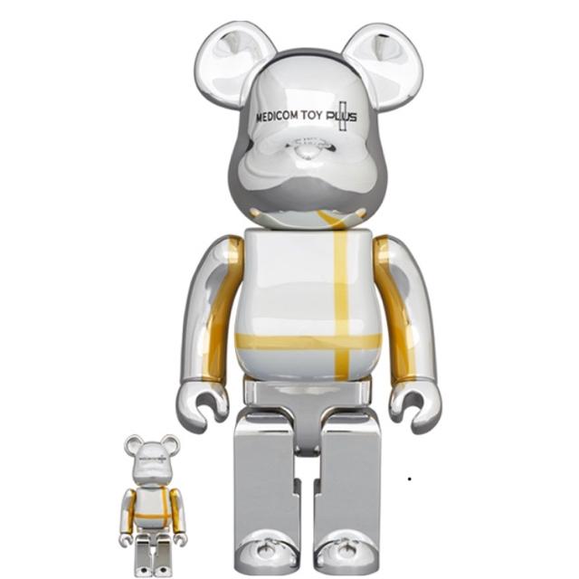 MEDICOM TOY(メディコムトイ)のBE@RBRICK MEDICOM TOY PLUS SILVER CHROME エンタメ/ホビーのおもちゃ/ぬいぐるみ(キャラクターグッズ)の商品写真