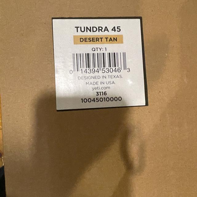 Snow Peak(スノーピーク)のYETI 45 USA製 タンドラ 新品 クーラーボックス Tan  スポーツ/アウトドアのスポーツ/アウトドア その他(その他)の商品写真