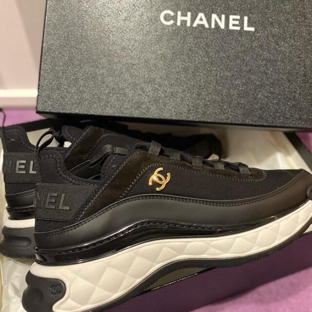 CHANEL(シャネル)のクーポン期間中最終値下げ!シャネルスニーカー39 レディースの靴/シューズ(スニーカー)の商品写真