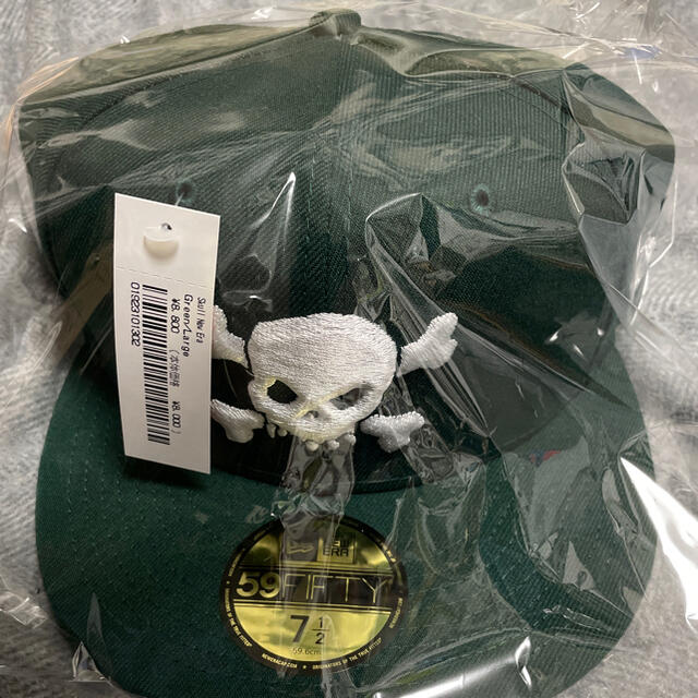 Supreme(シュプリーム)のsupreme newera  Green 7 1/2 緑 メンズの帽子(キャップ)の商品写真
