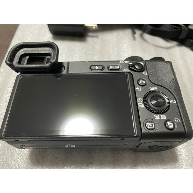 SONY(ソニー)の【最終価格】【美品】α6400  スマホ/家電/カメラのカメラ(ミラーレス一眼)の商品写真